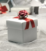 Коробочки для подарков Красная роза