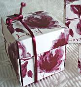 Коробочки для подарков Бордовая коробочка