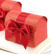 Коробочки для подарков Красный сундучок