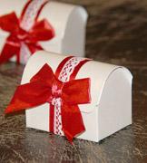 Коробочки для подарков Белый сундучок