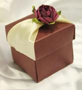 Коробочки для подарков Коробочка бордо